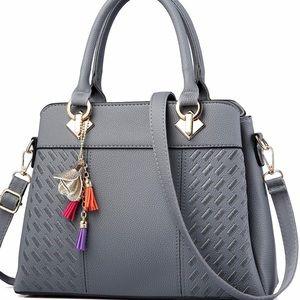 Handbags - Super cute fashionable Handbag